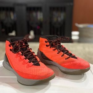 Under Armour Shoes - Boys Under Armour shoes